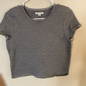 American Eagle checkered short sleeve crop tee